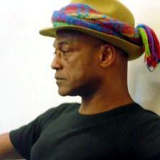 Mestre Armando Pekeno